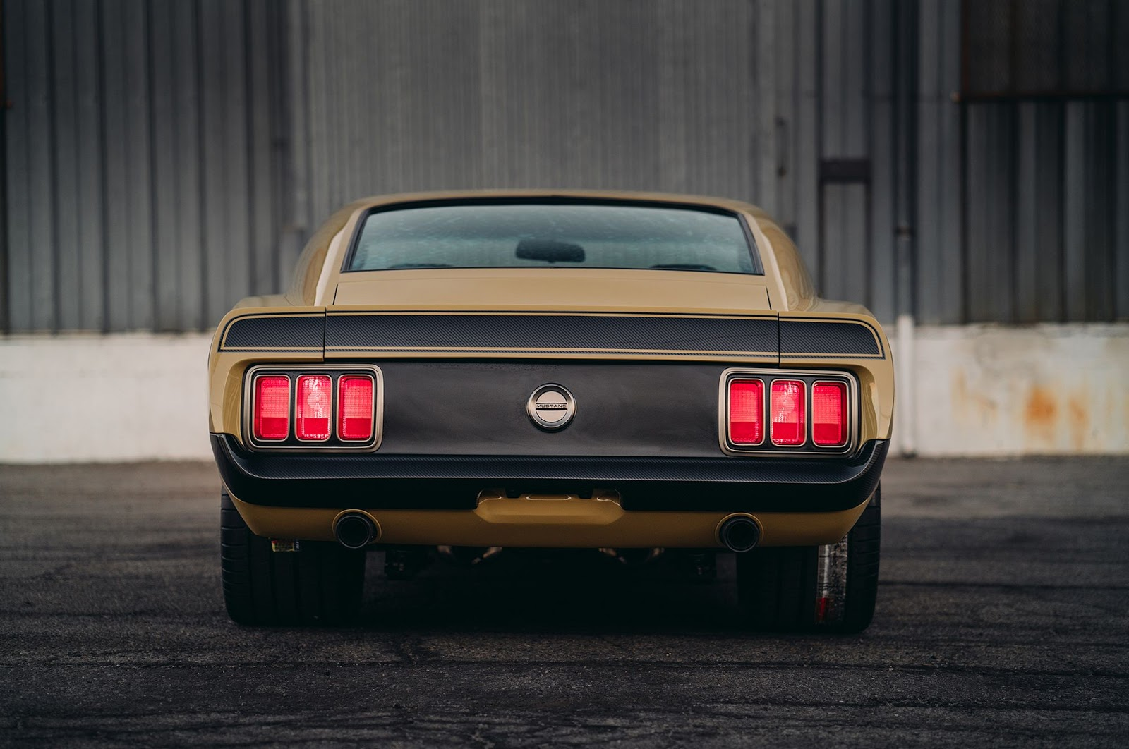 Ford-Mustang-Boss-302-SpeedKore-5