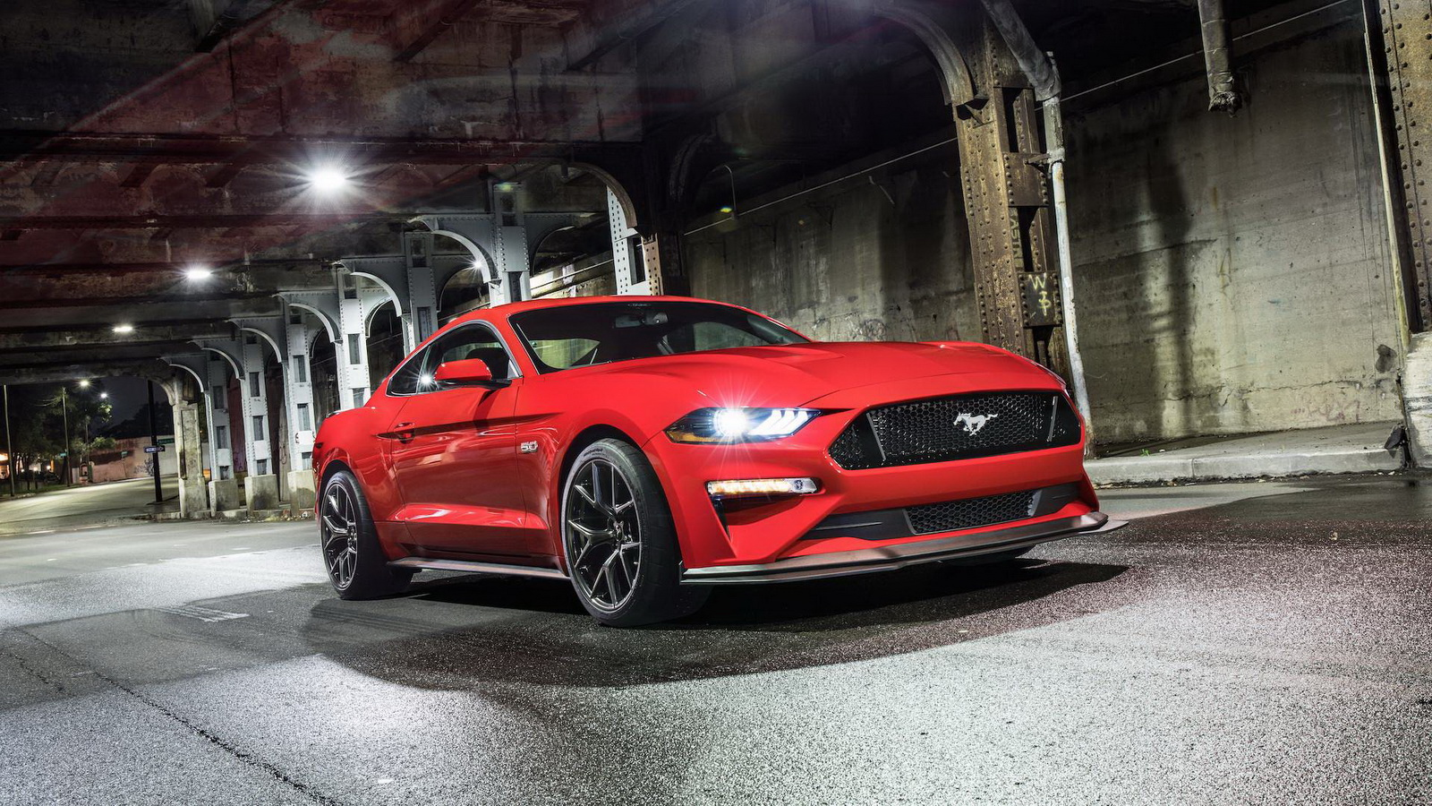 ford-mustang-gt-performance-pack-level-2-3