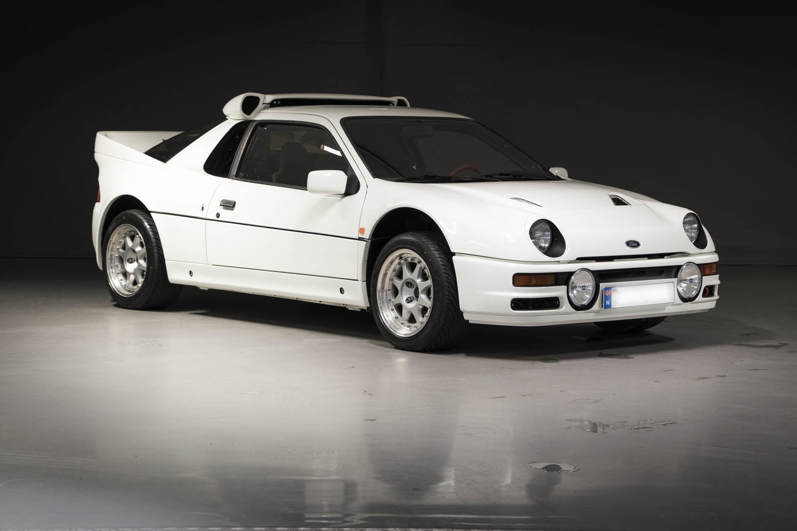 1986-ford-rs200-evolution-03