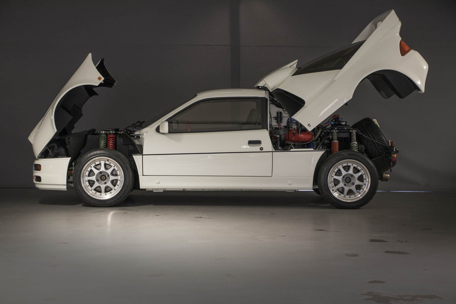 1986-ford-rs200-evolution-07