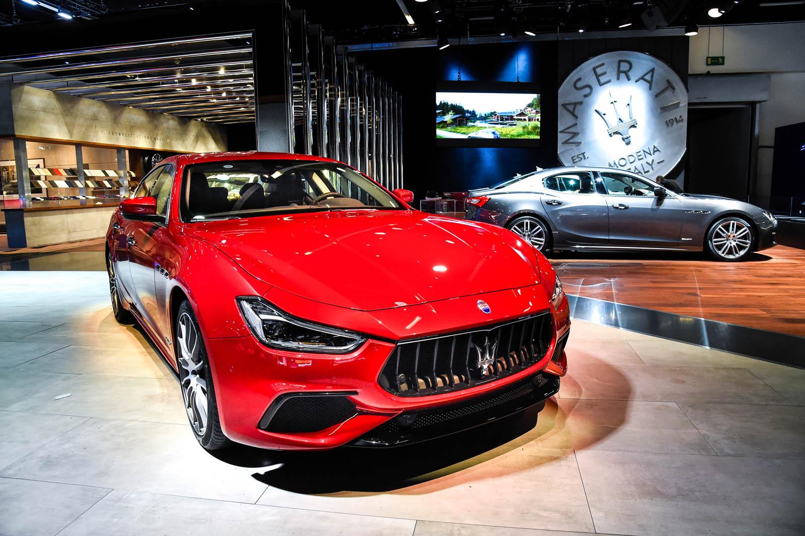 Frankfurt Motor Show 2017 - Maserati New Ghibli S Q4 GranSport MY18- New Ghibli Diesel GranLusso MY18 copy