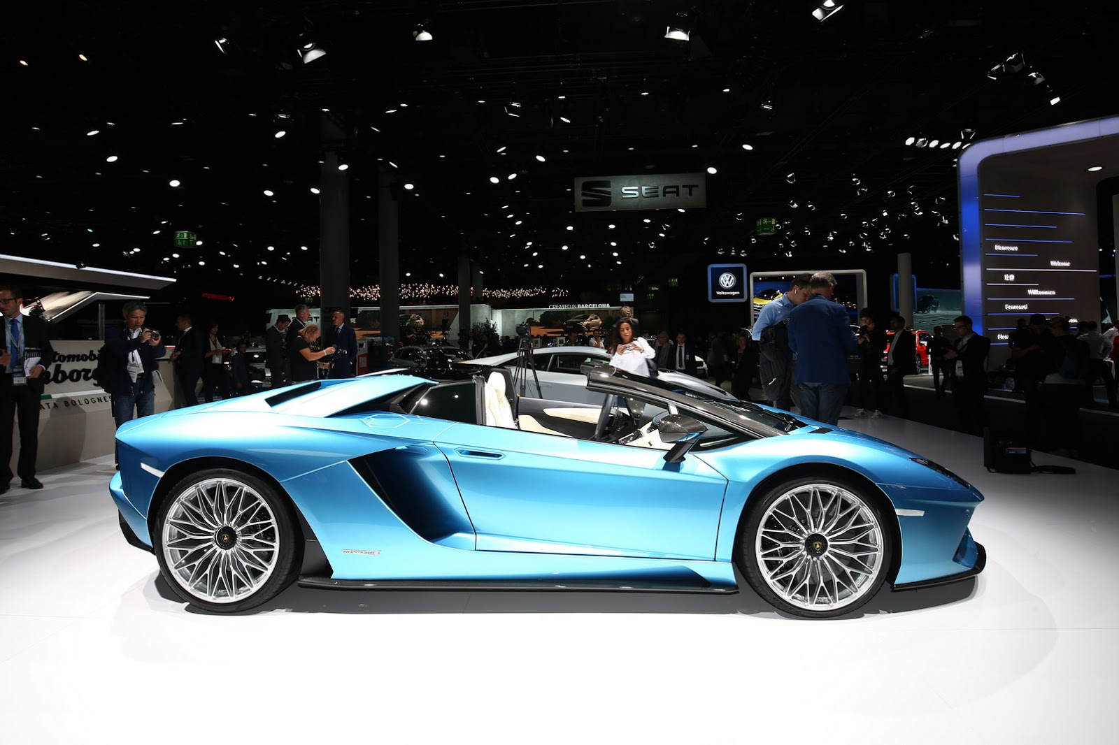 Lamborghini Aventador Roadster S facelift (18)
