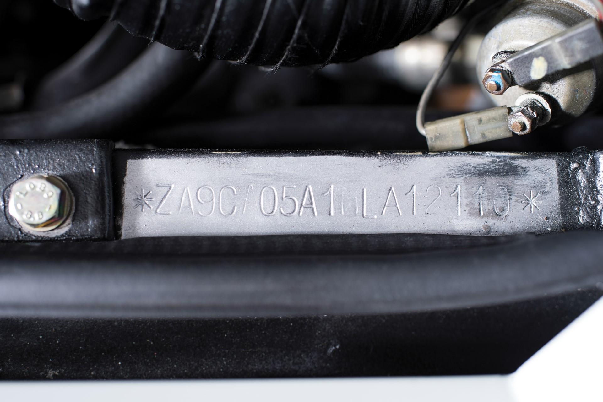 Gold Lamborghini Countach 5000 QV (30)