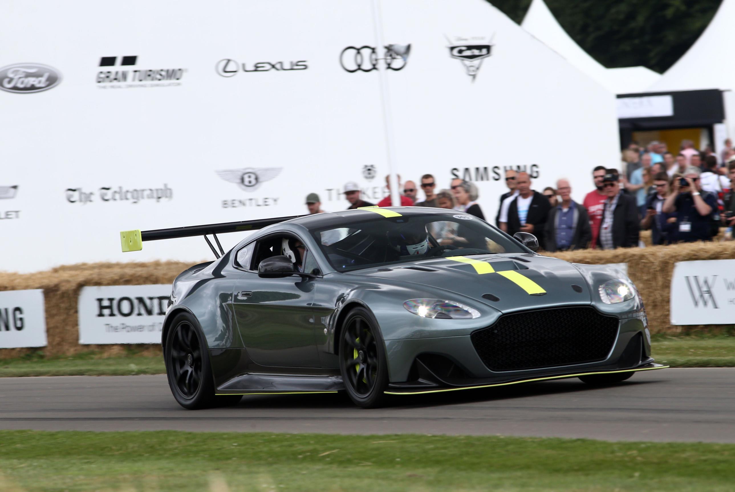 Aston-05(1)
