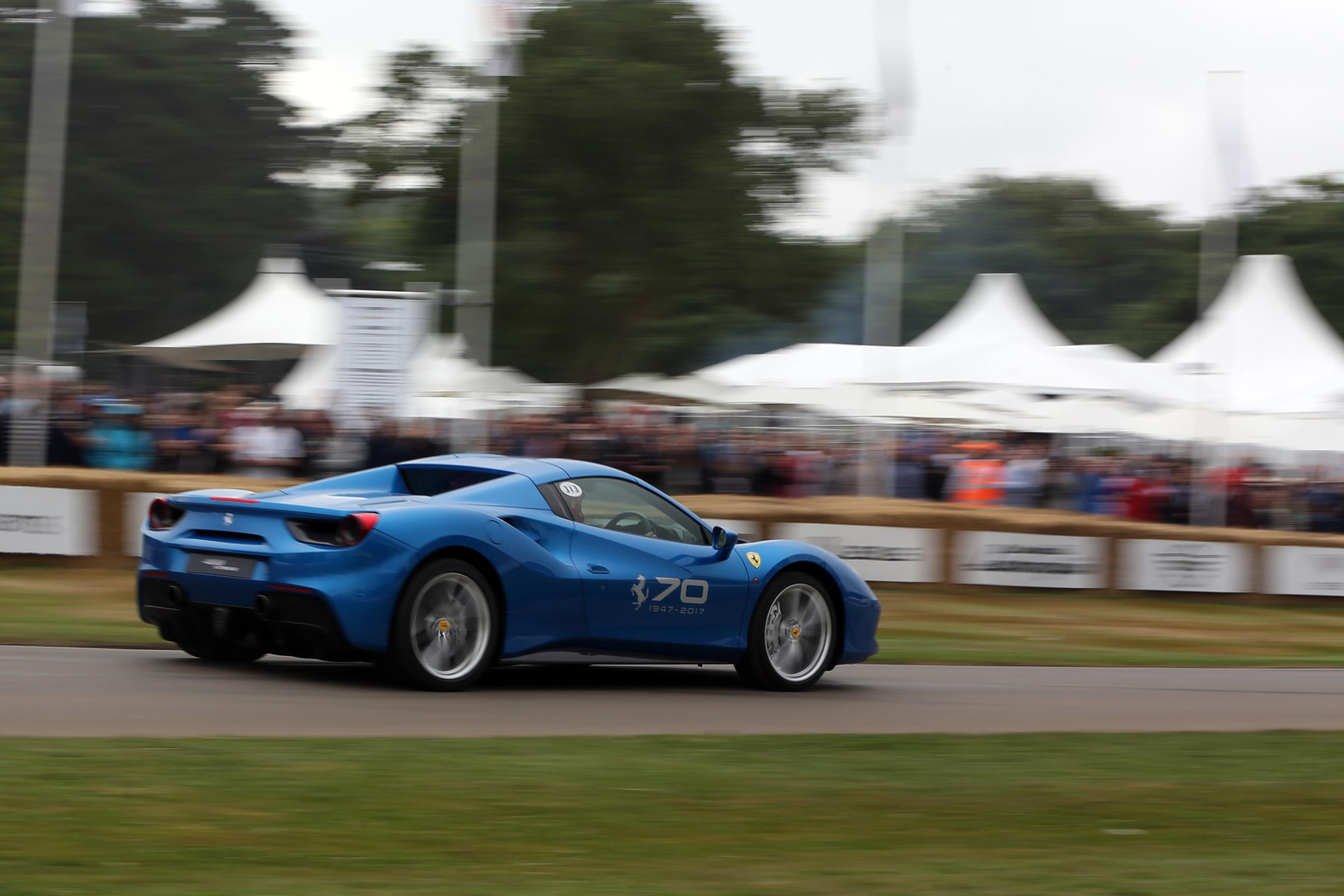 Ferrari-01(3)