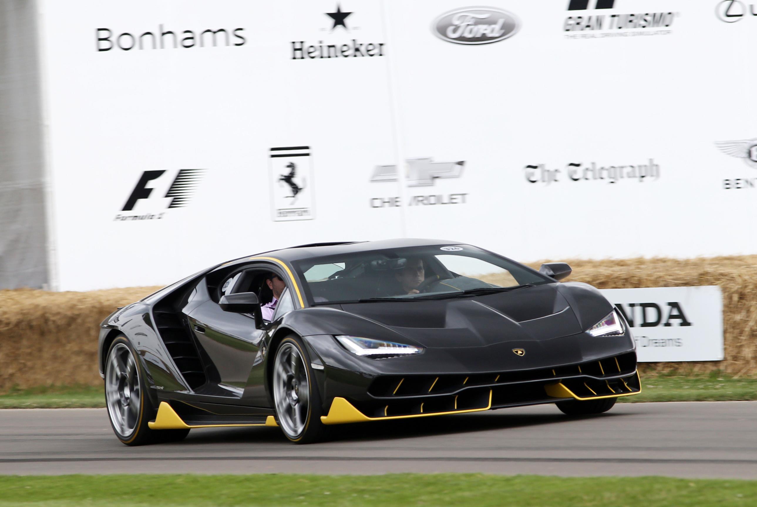 Lamborghini-03(1)