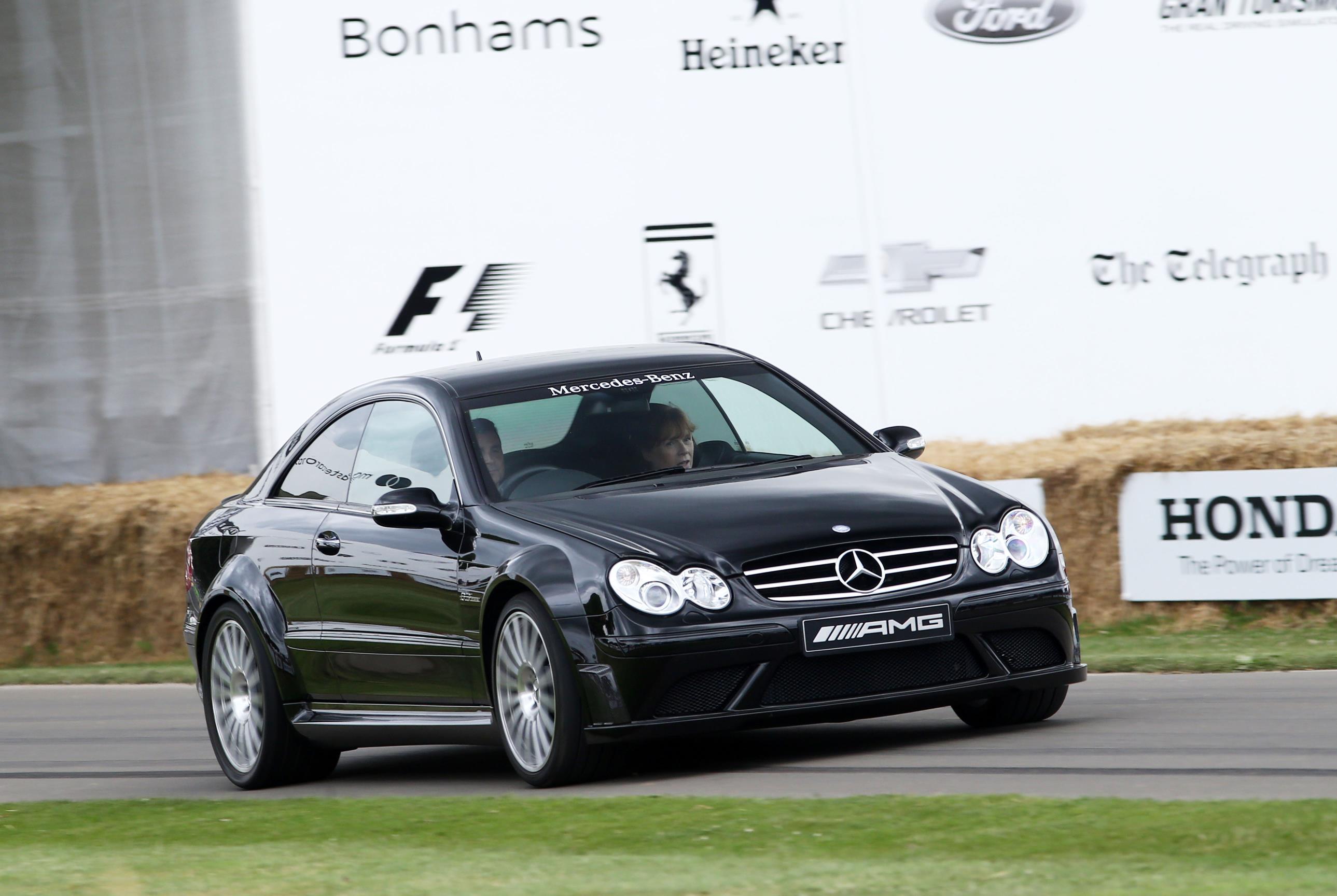 Mercedes-04(1)