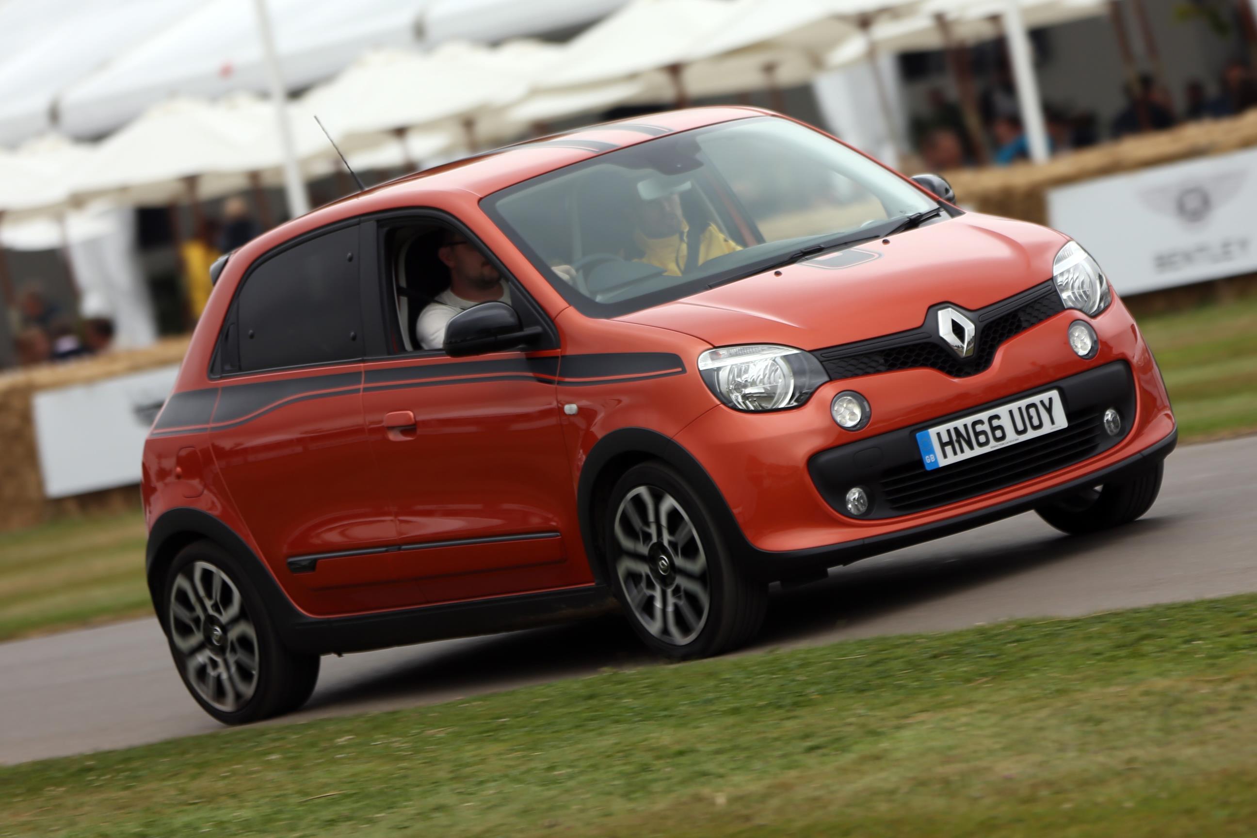 Renault-04(1)