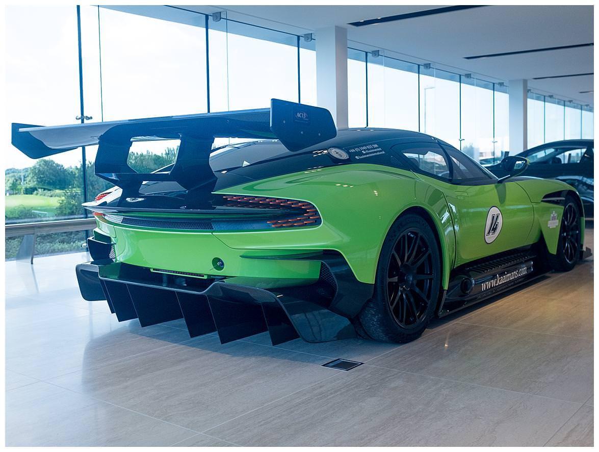 Green Aston Martin Vulcan (6)