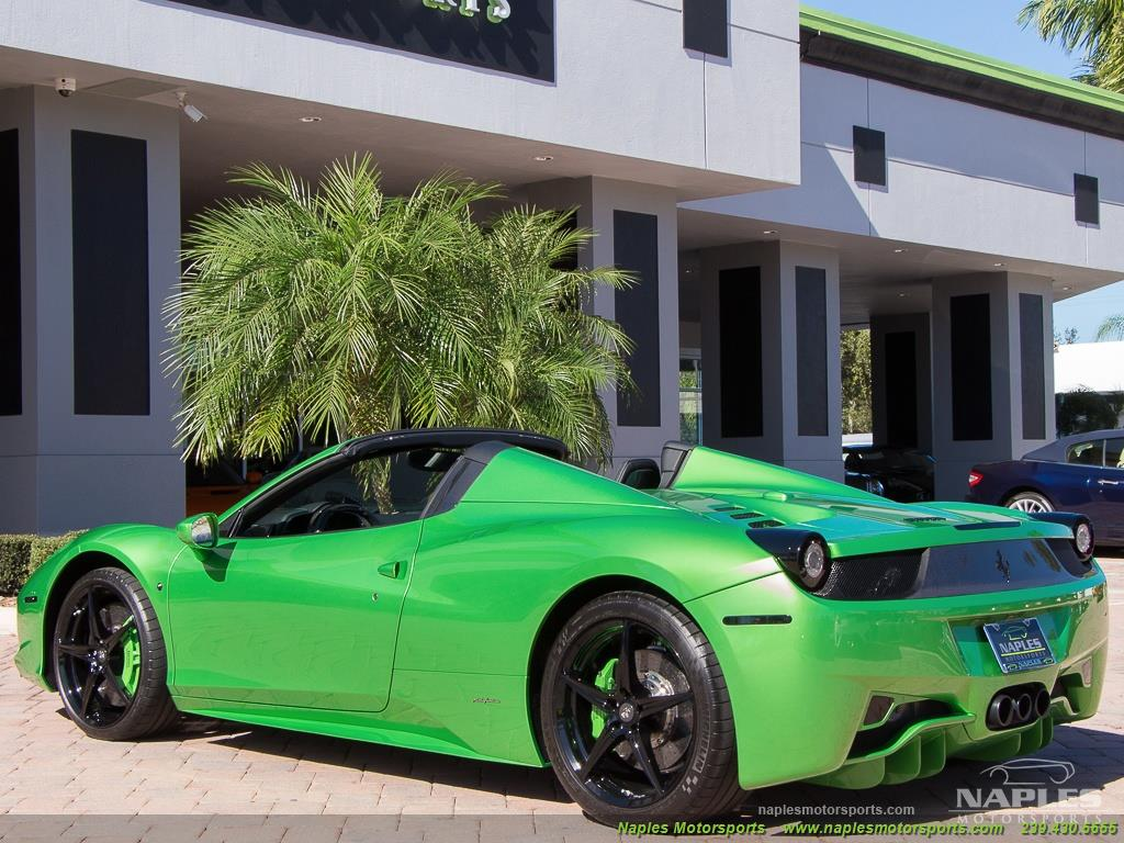 Green_Ferrari_458_Spider_03
