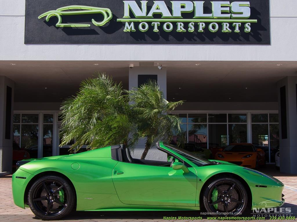 Green_Ferrari_458_Spider_16