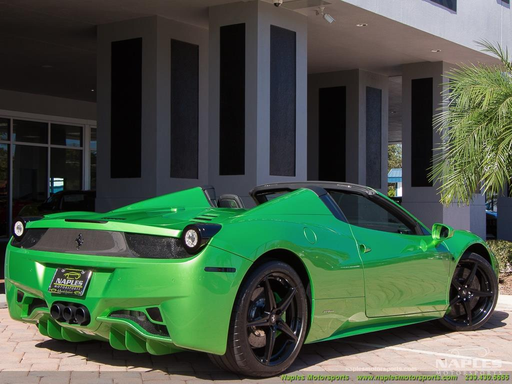 Green_Ferrari_458_Spider_17