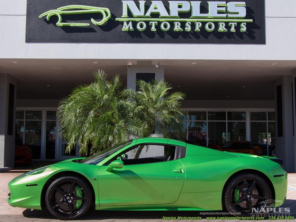Green_Ferrari_458_Spider_21