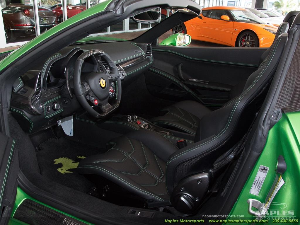 Green_Ferrari_458_Spider_24