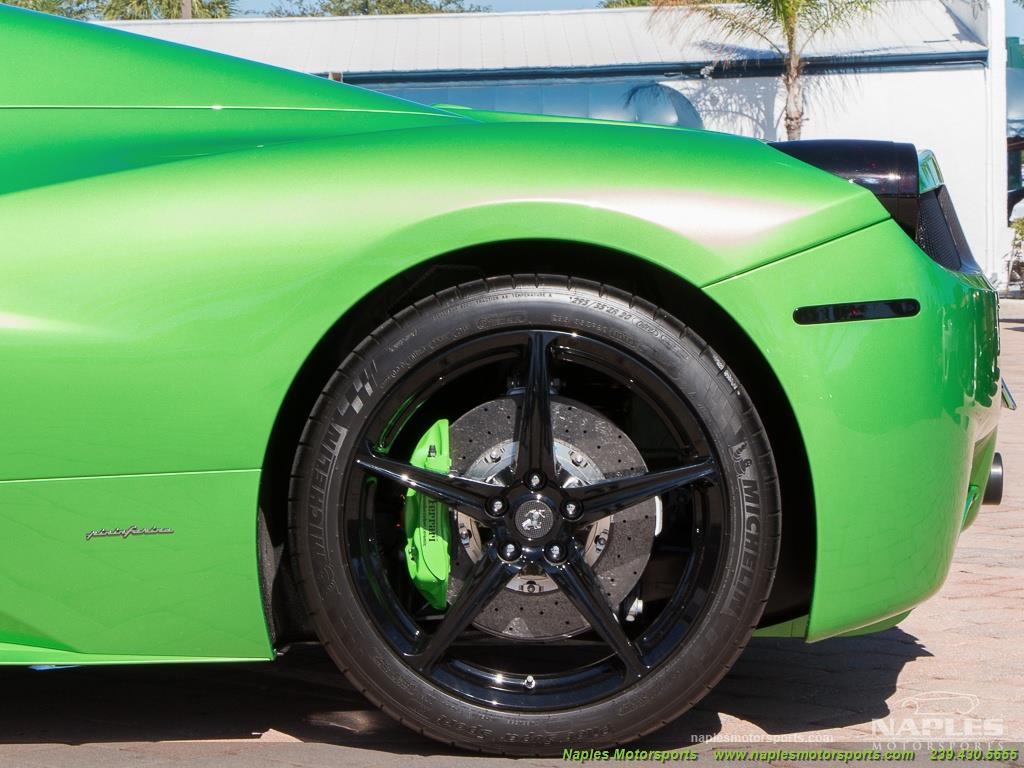 Green_Ferrari_458_Spider_25