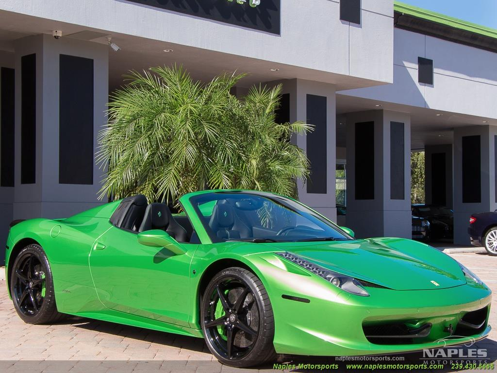 Green_Ferrari_458_Spider_31
