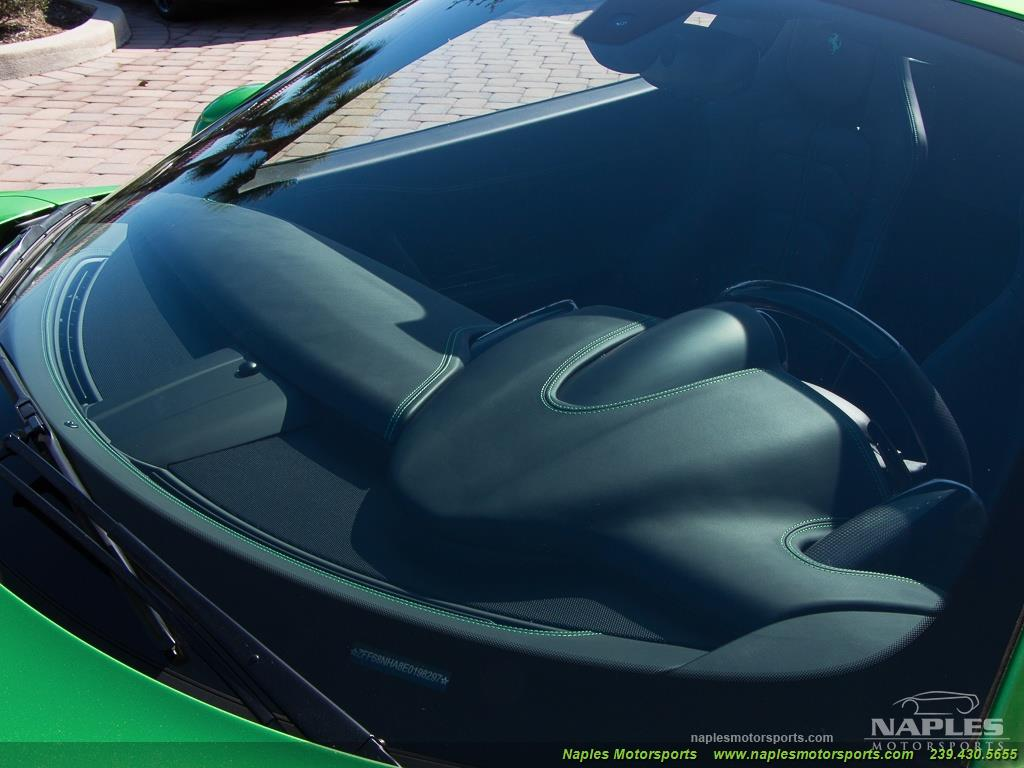 Green_Ferrari_458_Spider_35