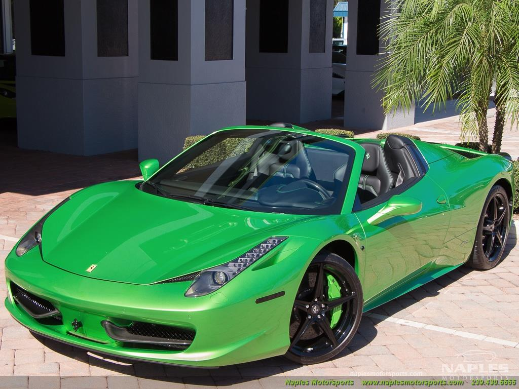 Green_Ferrari_458_Spider_39