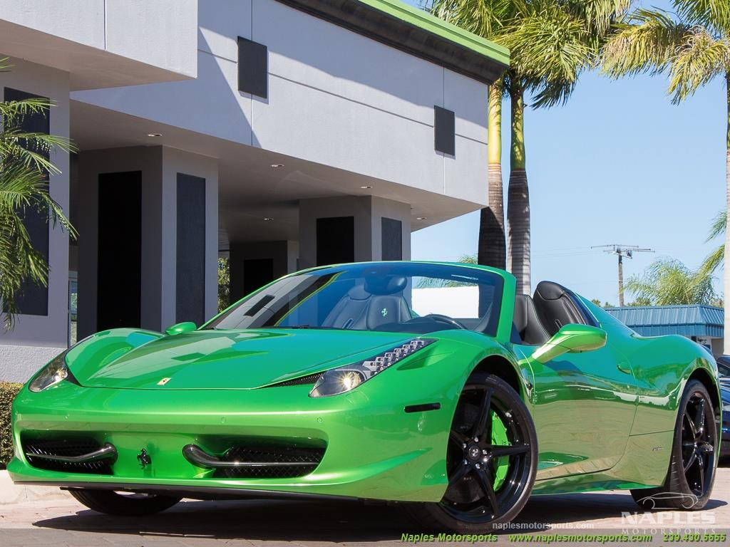 Green_Ferrari_458_Spider_41