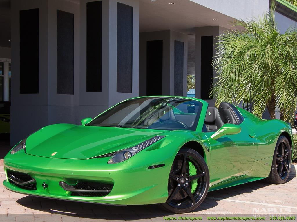 Green_Ferrari_458_Spider_44