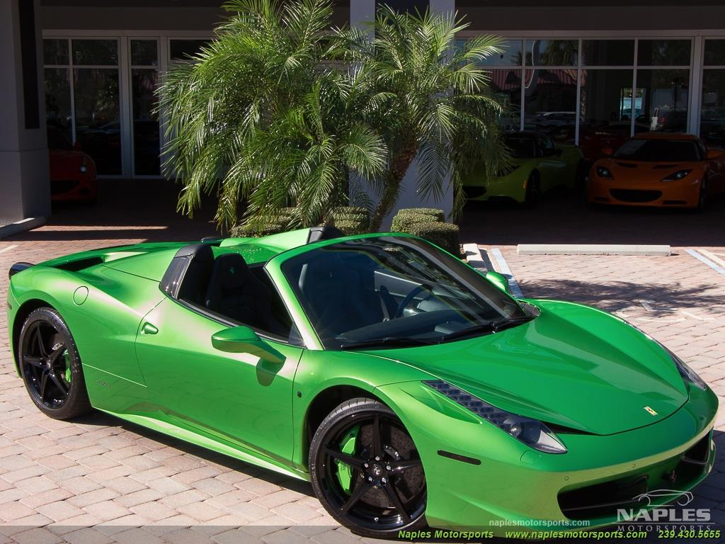 Green_Ferrari_458_Spider_50