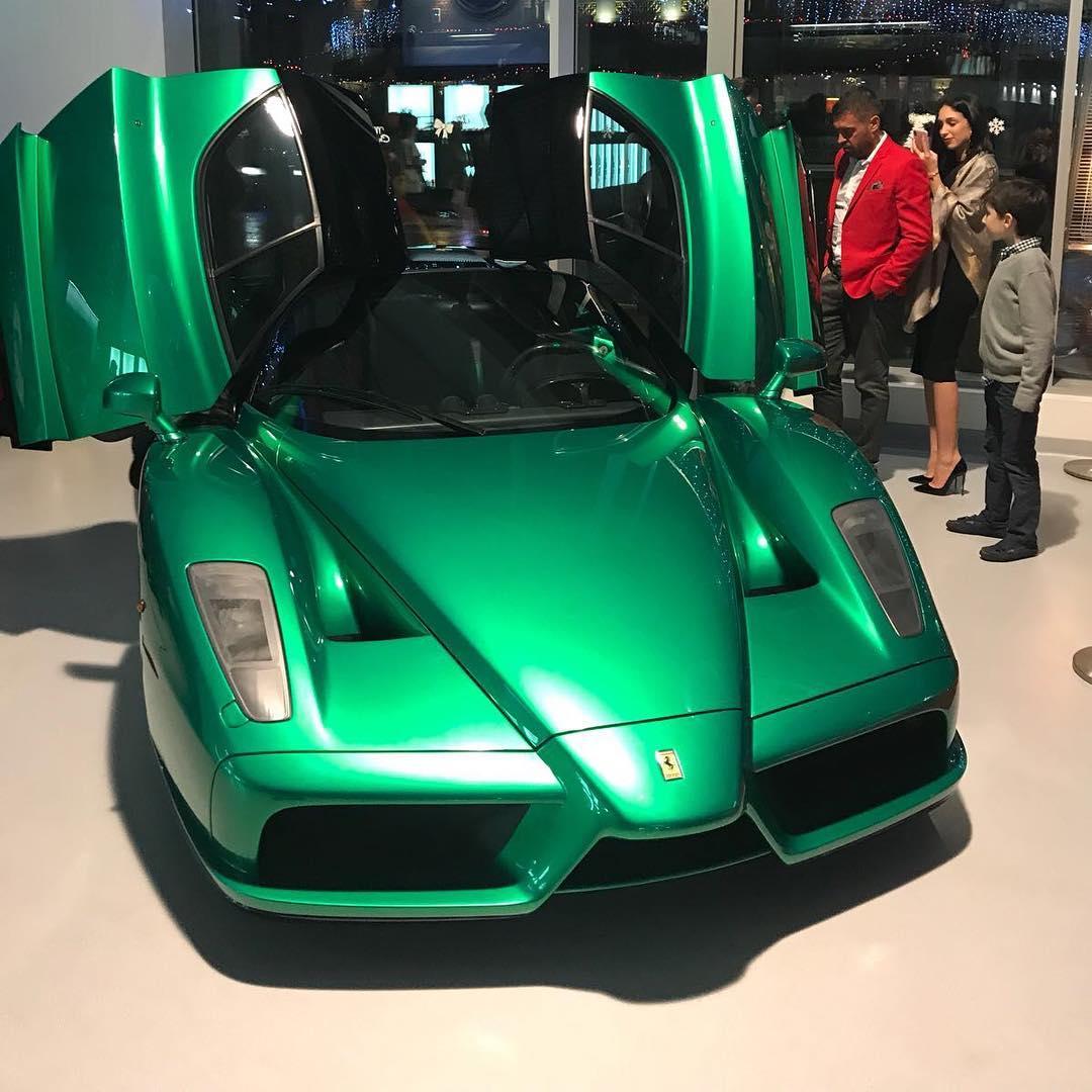 Green Ferrari Enzo (7)