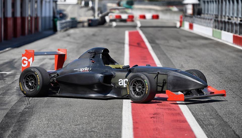 Griiip_G1_racing_13
