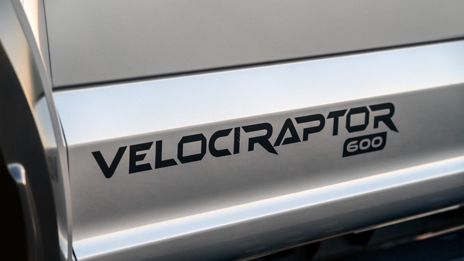 Hennessey_Velociraptor_600_08