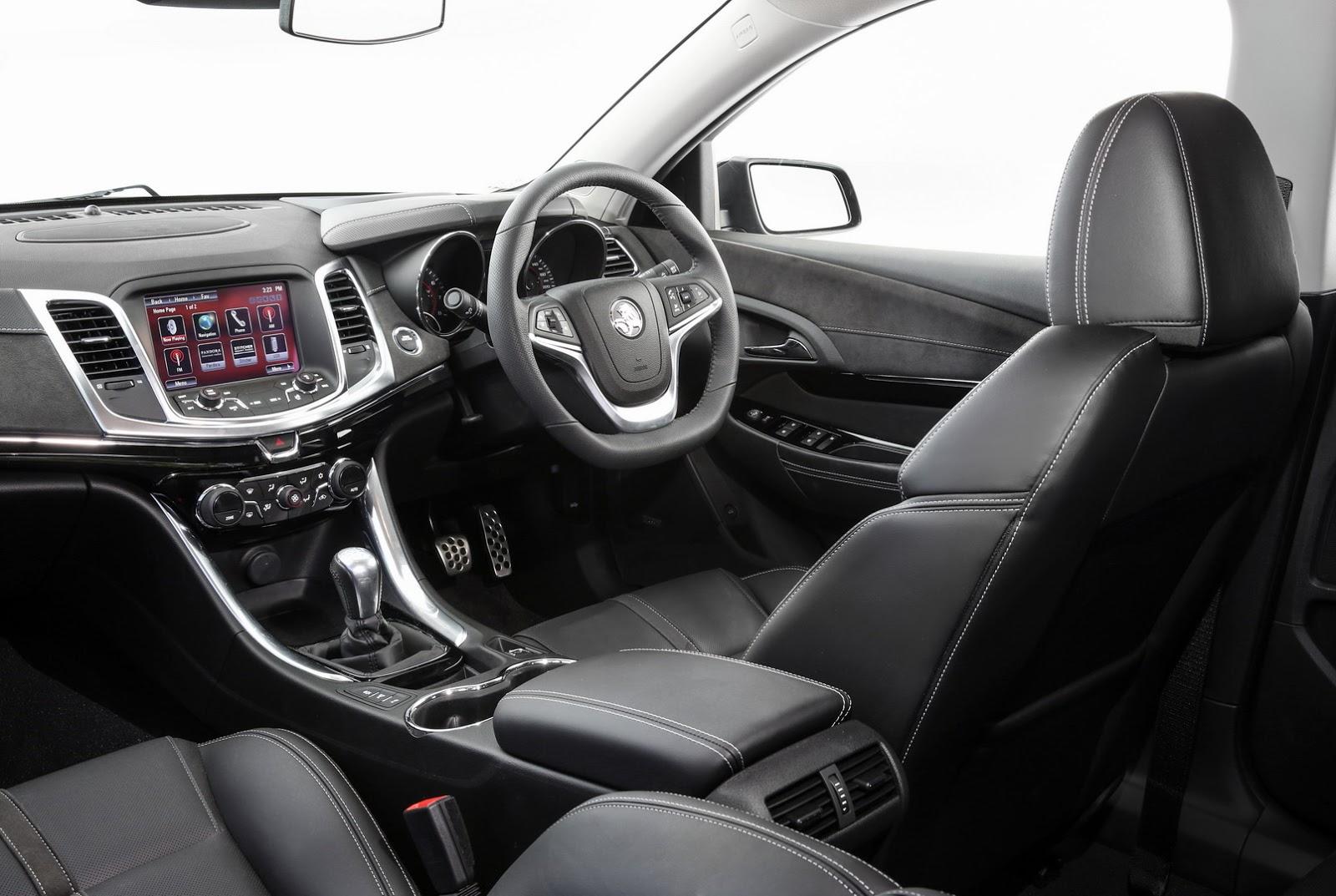 2017-Holden-Commodore-6
