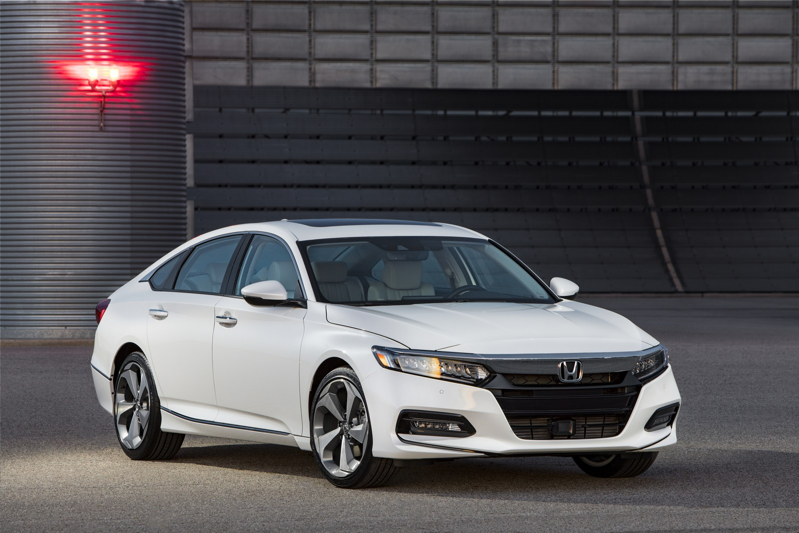Honda Accord 2018 (1)