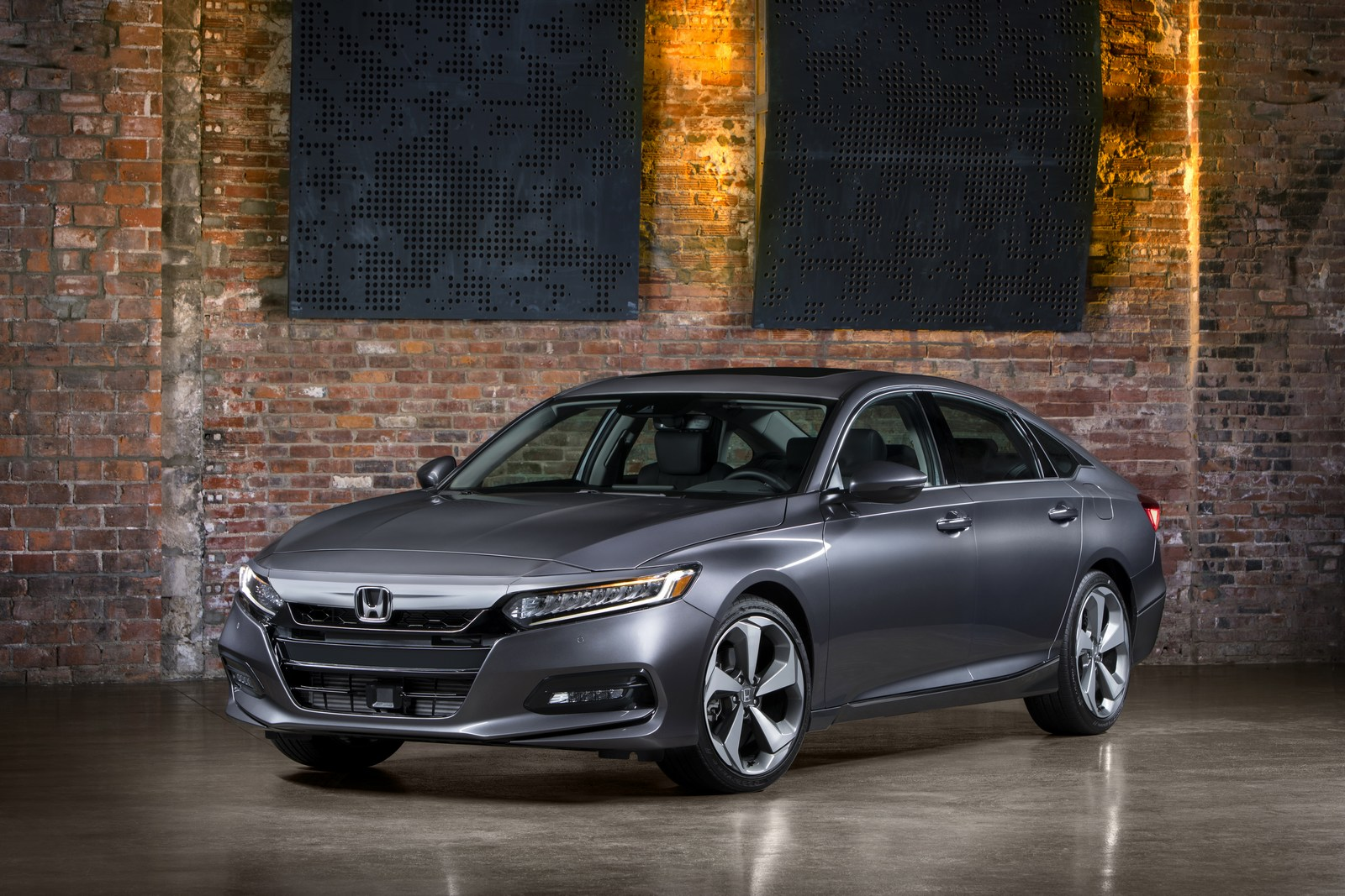 Honda Accord 2018 (10)