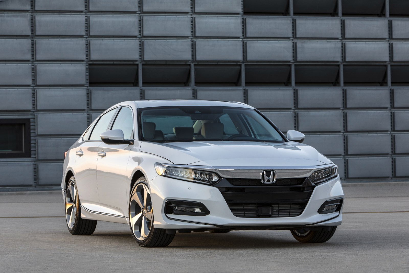 Honda Accord 2018 (2)