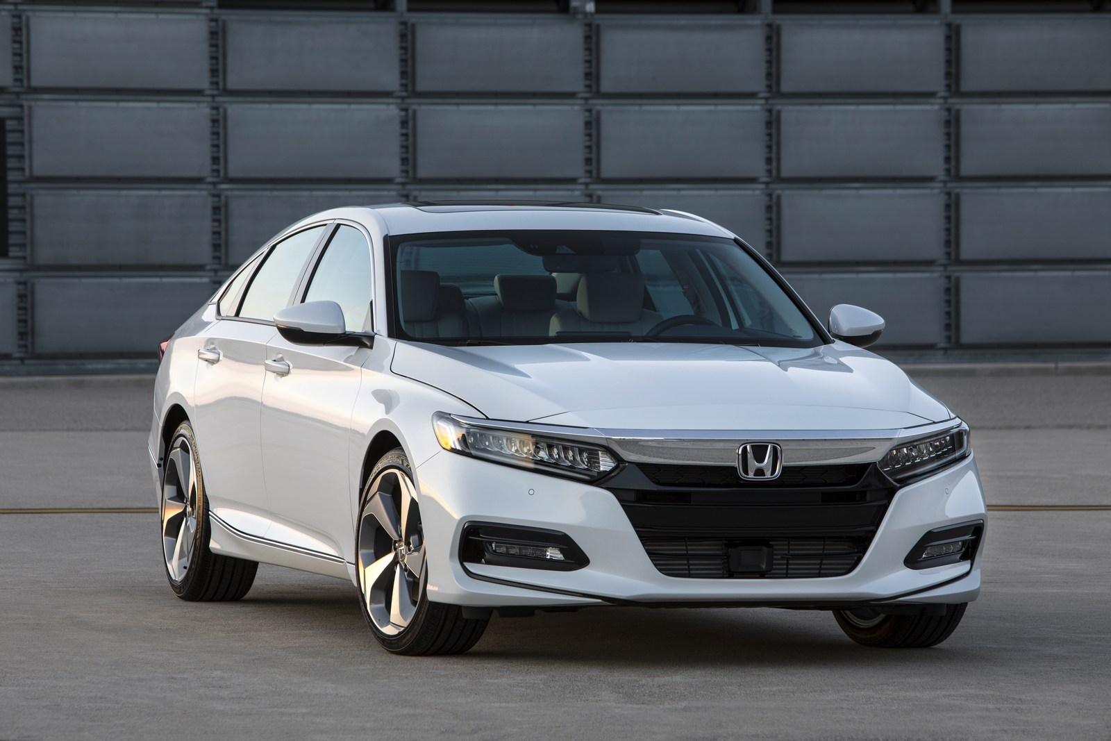 Honda Accord 2018 (5)