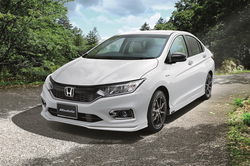 Honda Grace facelift (21)