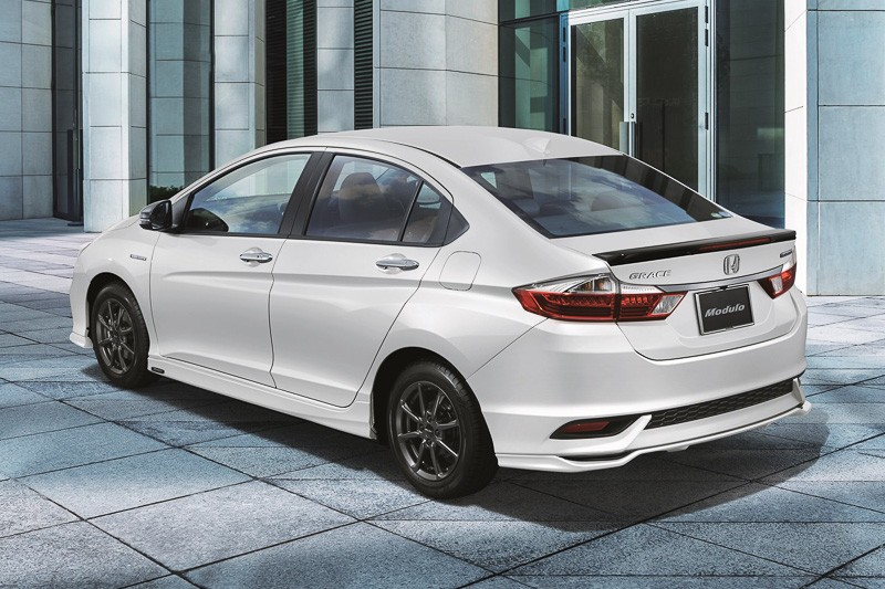 Honda Grace facelift (22)
