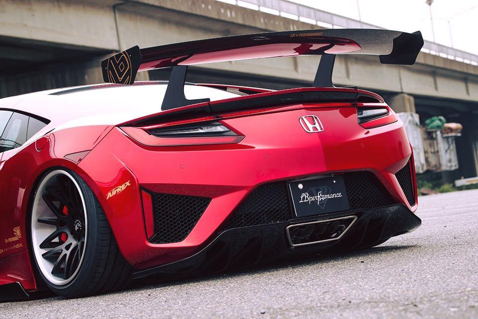 Honda NSX by Liberty Walk (10)