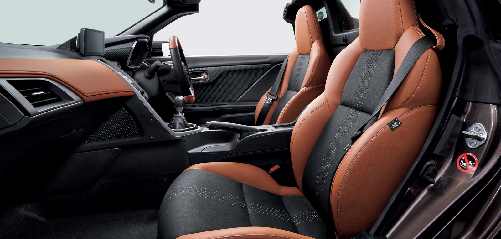 Honda_S660_Bruno_Leather_Edition_05