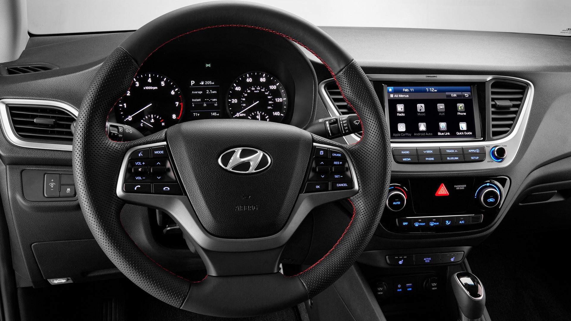 Hyundai Accent 2018 (10)