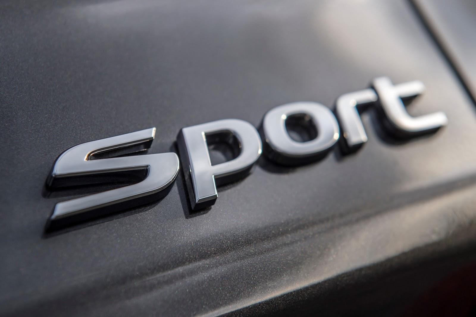 Hyundai Elantra GT 2018 (19)