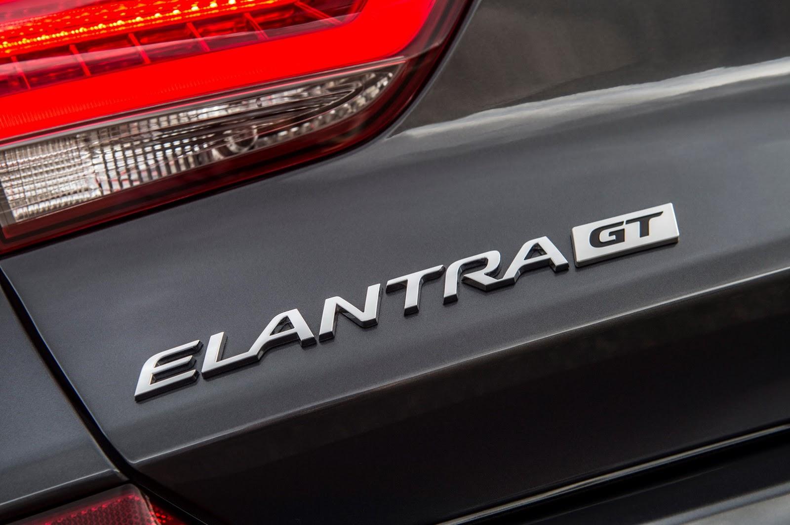 Hyundai Elantra GT 2018 (20)