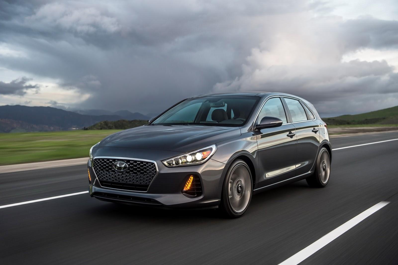 Hyundai Elantra GT 2018 (66)