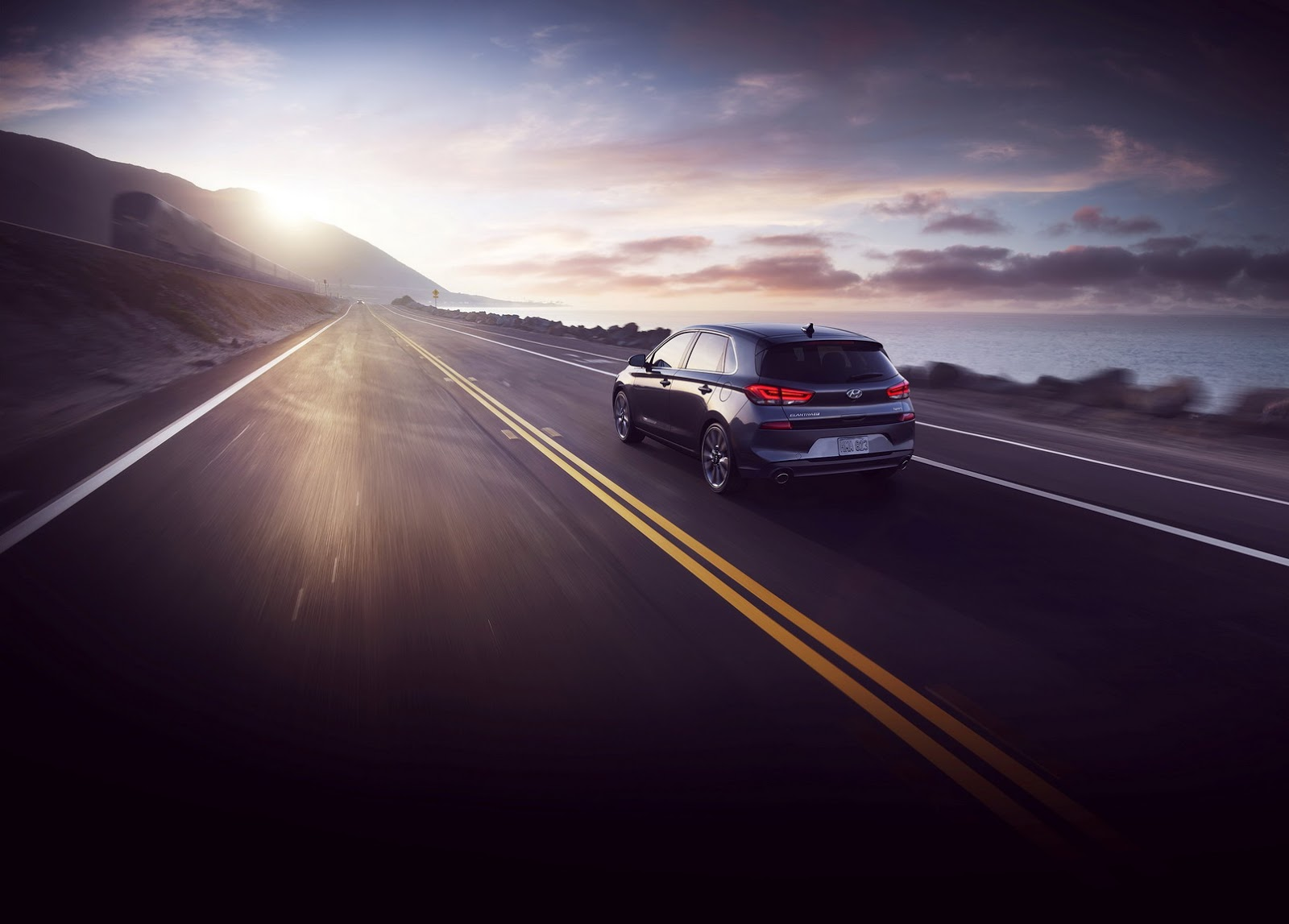 Hyundai Elantra GT 2018 (72)