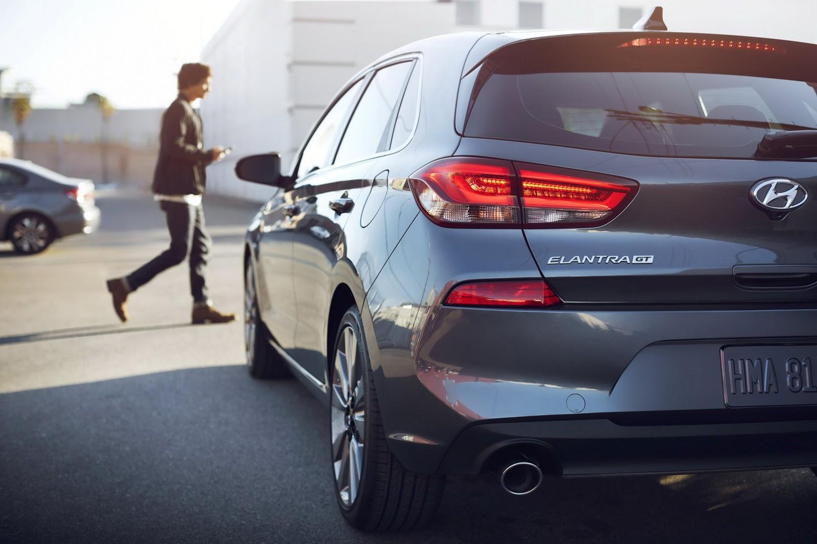 Hyundai Elantra GT 2018 (75)