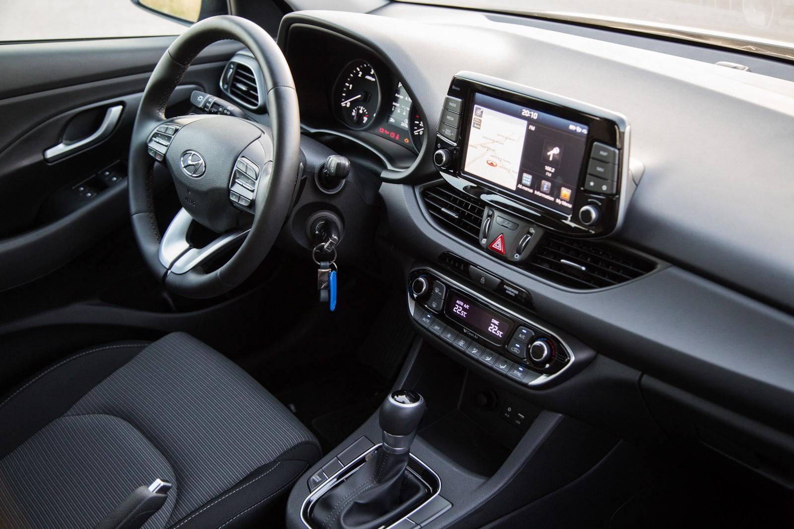 Test_Drive_Hyundai_i30_1.6_CRDi_Auto_26