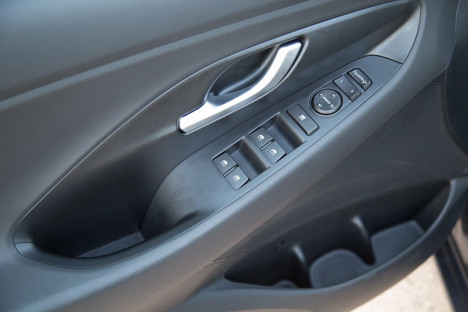 Test_Drive_Hyundai_i30_1.6_CRDi_Auto_29