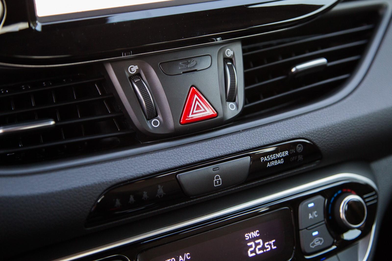 Test_Drive_Hyundai_i30_1.6_CRDi_Auto_37