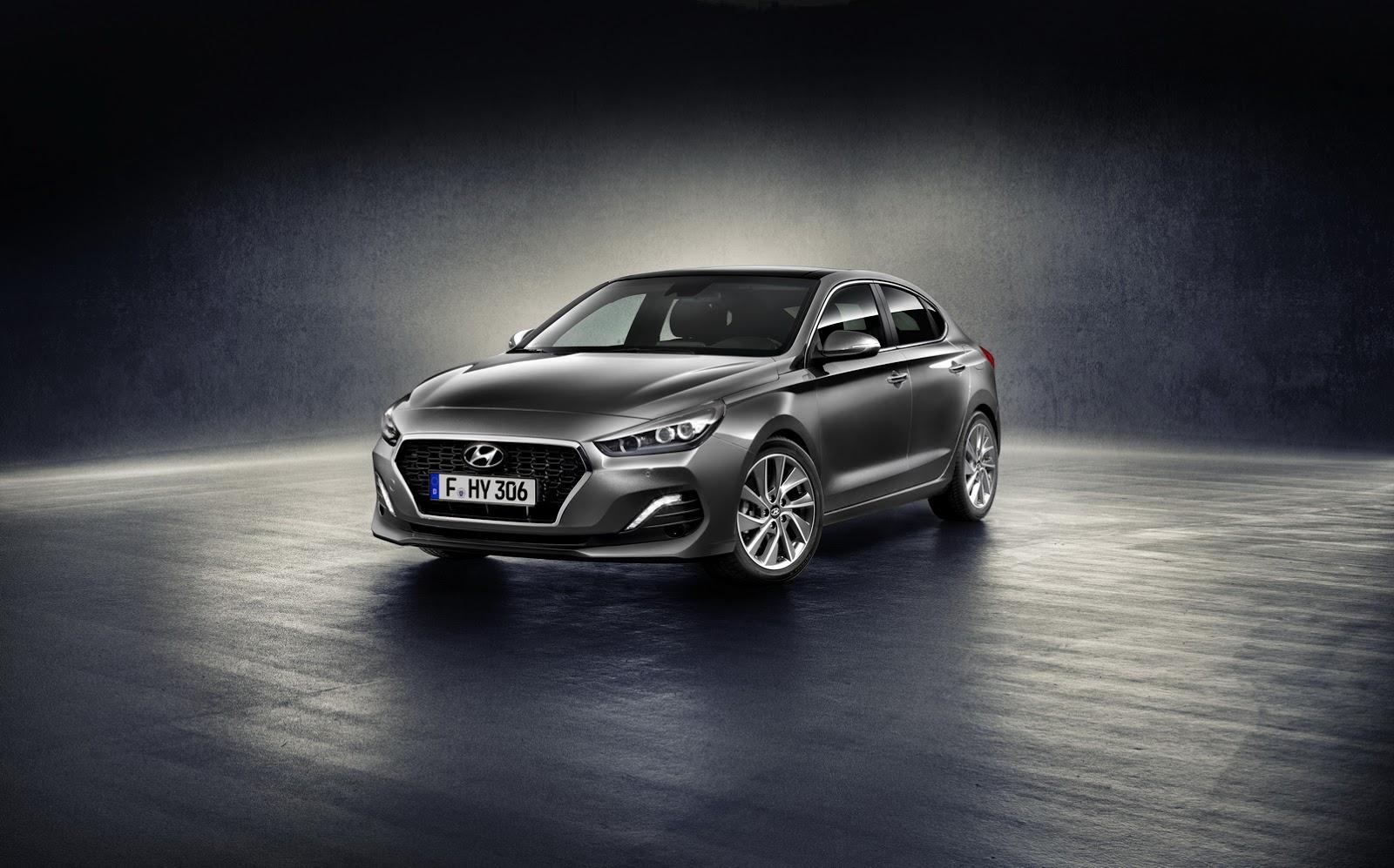 Hyundai i30 Fastback 2018 (1)