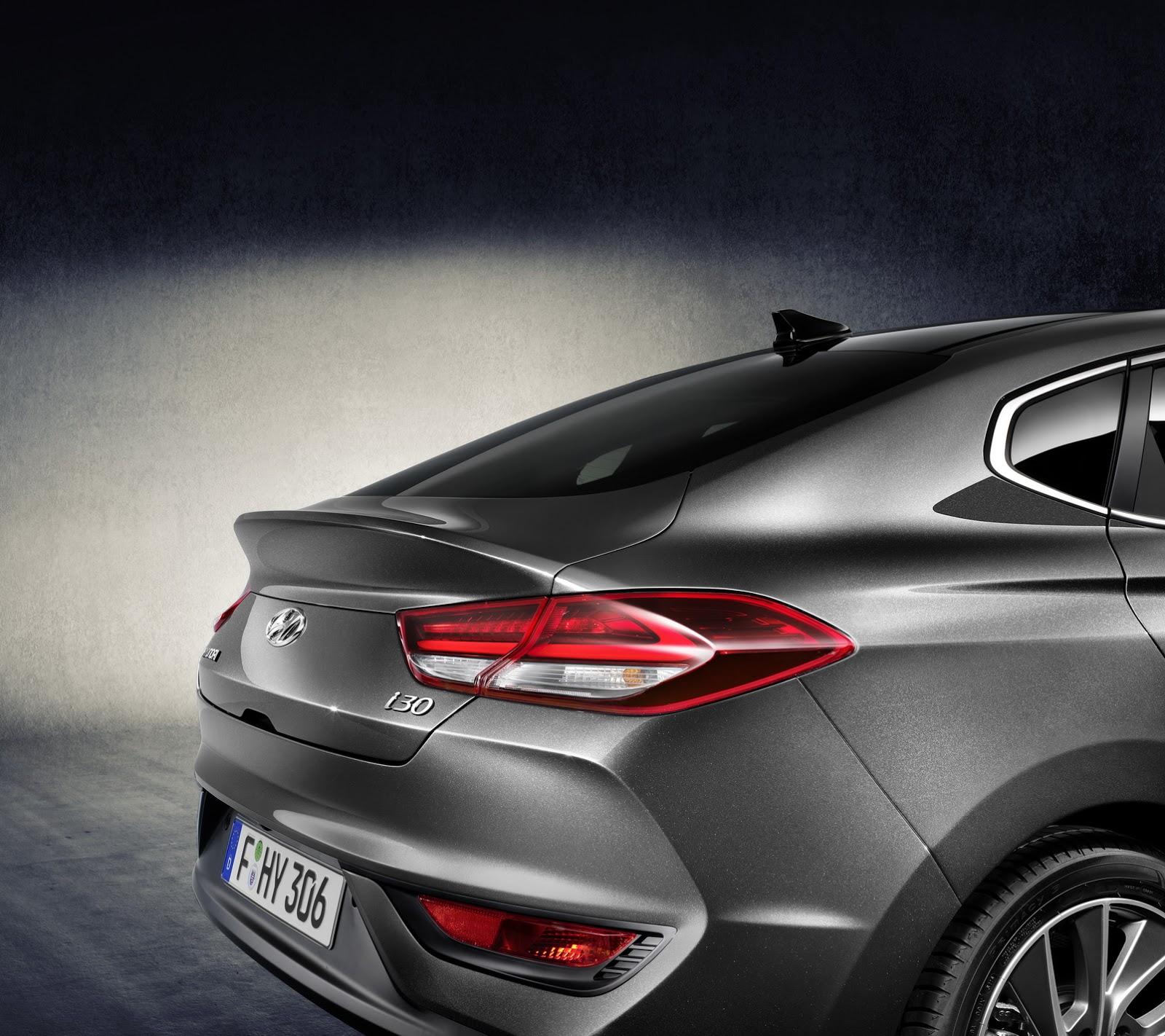 Hyundai i30 Fastback 2018 (5)