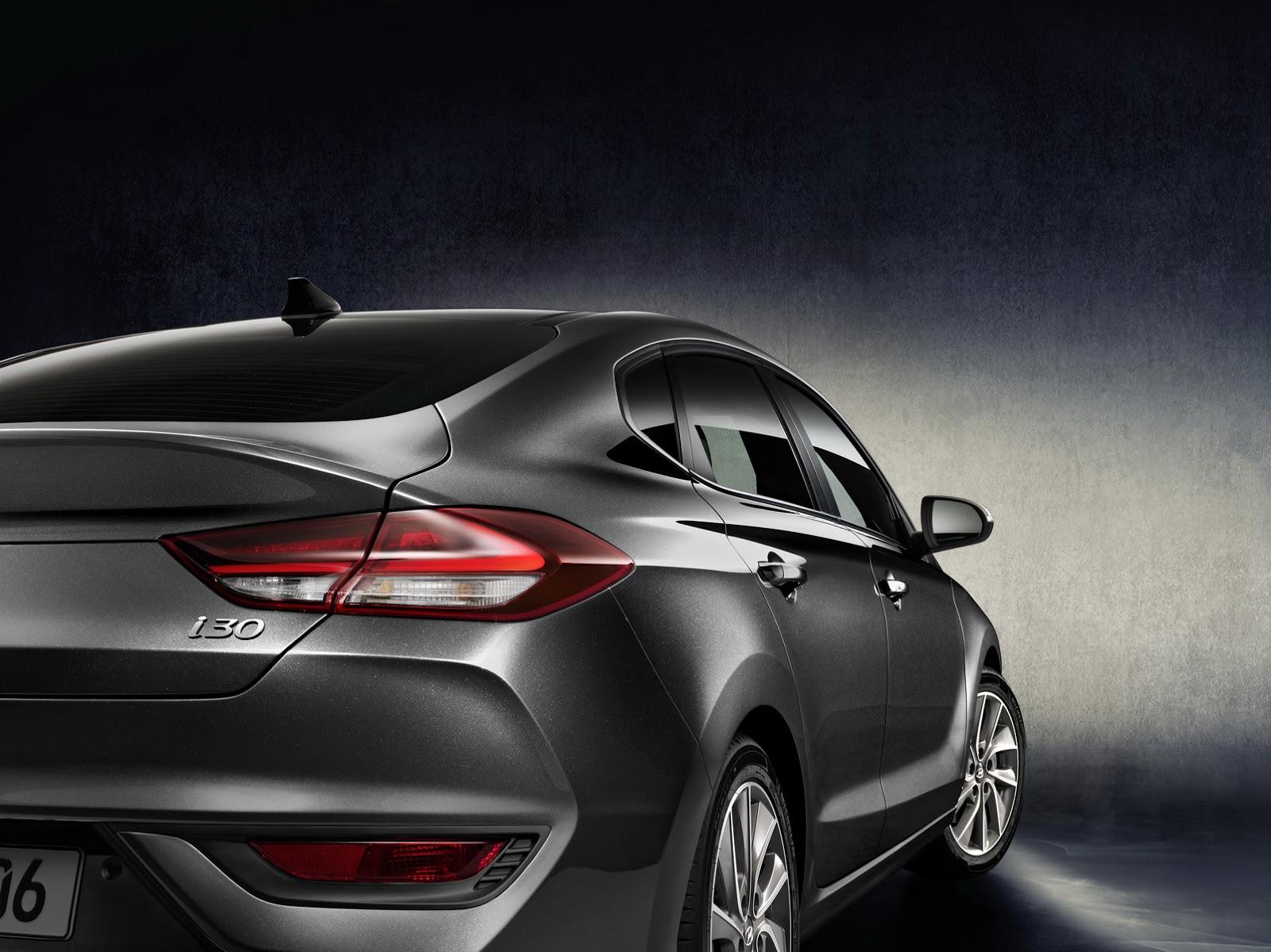 Hyundai i30 Fastback 2018 (6)
