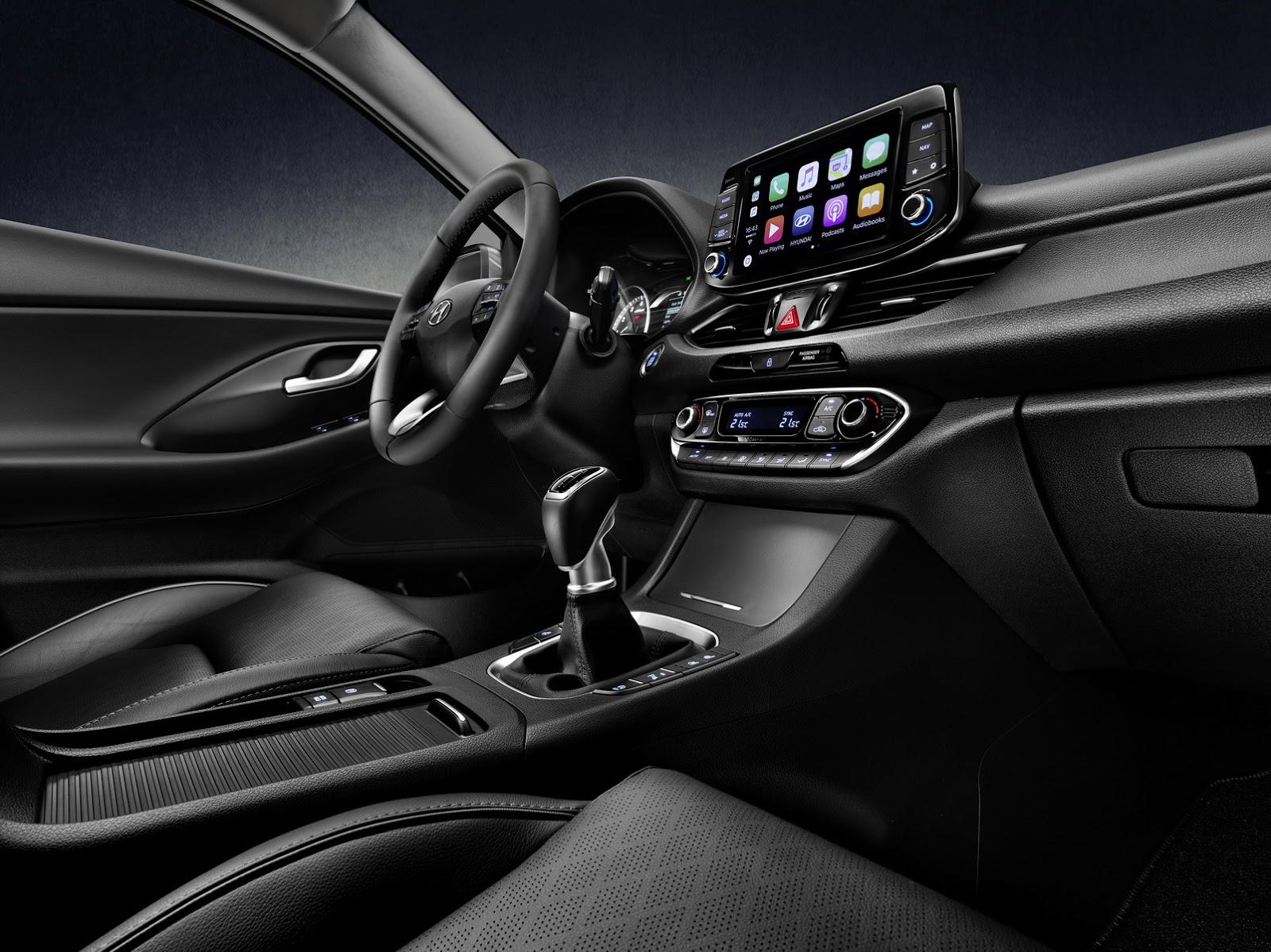 Hyundai i30 Fastback 2018 (8)